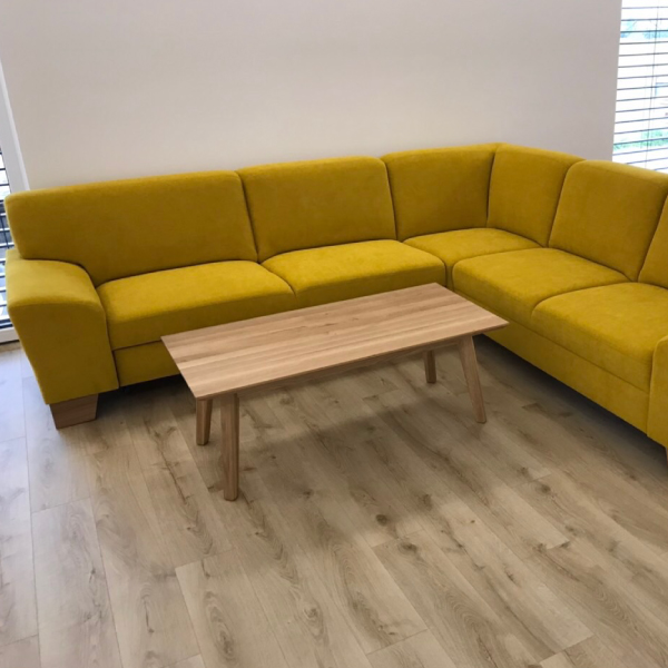 Žltá sedacia súprava na mieru OTTAWA v obývačke